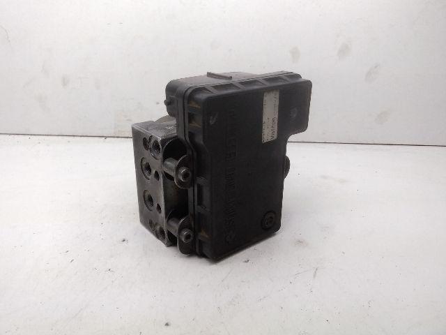 Használt MD9A2W2124D2 ABS kocka / ABS tömb / Blokkolásgátló vezérlő Alkatrész