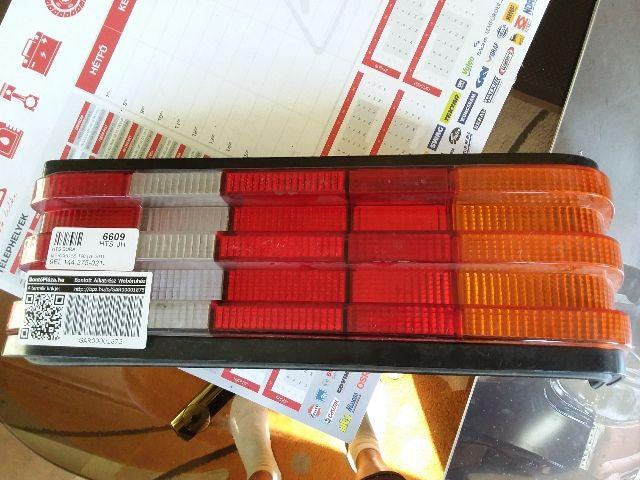 Használt MERCEDES-BENZ 190 Jobb hátsó lámpa Alkatrész