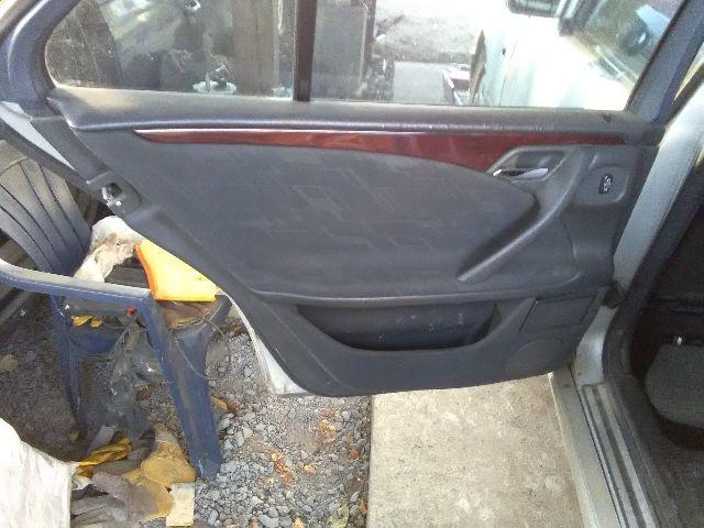 Bontott MERCEDES-BENZ E-CLASS (W210) E 200 CDI (210.007) Jobb hátsó ablakvezető gumi Alkatrész