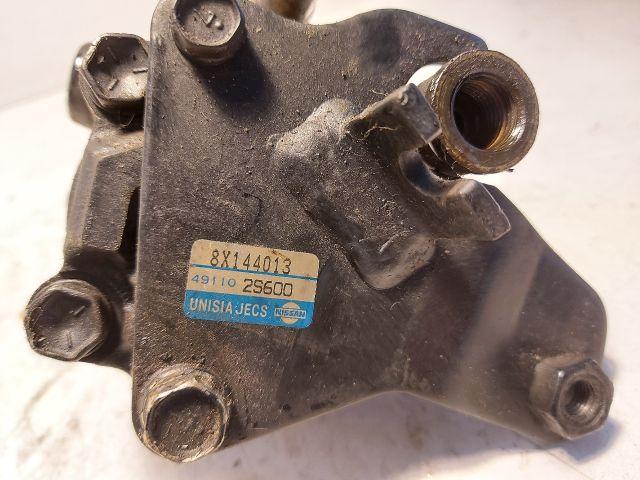 bontott NISSAN PICK UP Kormányszervó Motor (Hidraulikus)