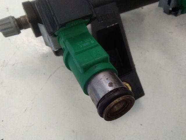 Használt O1F02334111 Injektor / Porlasztó csúcs / Befecskendező (hengerenkénti) Alkatrész
