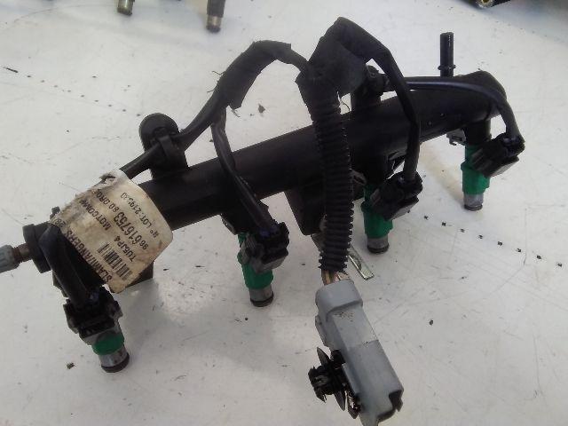 Használt O1F02334111 Injektor / Porlasztó csúcs / Befecskendező (híd / szett) Alkatrész