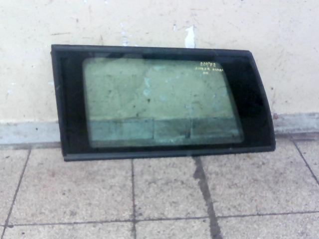 bontott OPEL ASTRA F Bal hátsó Fixüveg (Ajtóban)
