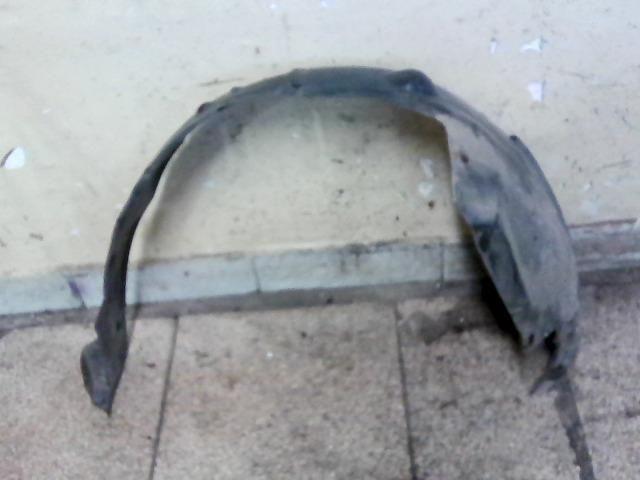bontott OPEL ASTRA G Bal első Első Dobbetét (Kerékjárati, Műanyag)