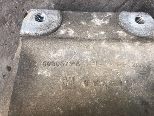 bontott OPEL CORSA C Motor Tartó Bak (Pozíciófüggetlen)