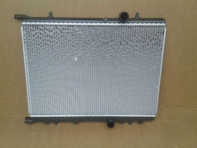 Használt PEA2251 Vízhűtő radiátor (sima) Alkatrész
