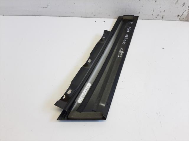 Használt PEUGEOT 508 Jobb első ajtókeret borítás Alkatrész