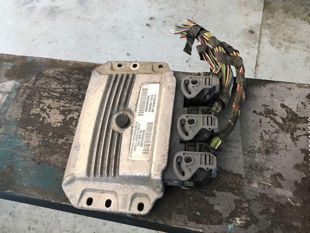 bontott PEUGEOT 607 Automata Váltó Elektronika