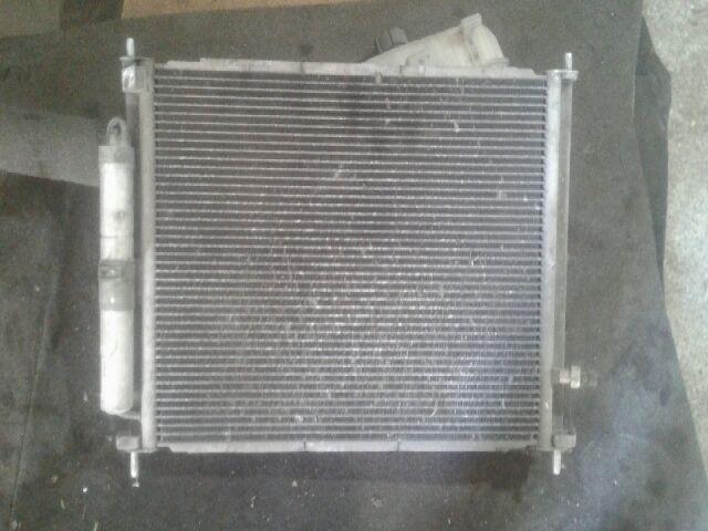 Használt RENAULT CLIO III 1.2 Klímahűtő radiátor Alkatrész