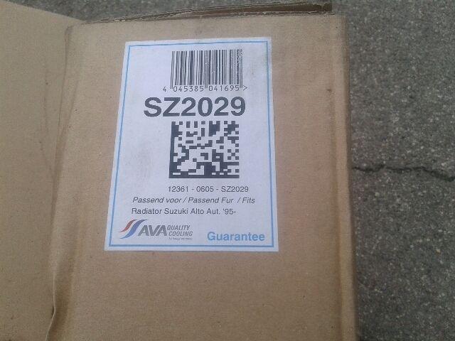 Használt SZ2029 Vízhűtő radiátor (sima) Alkatrész