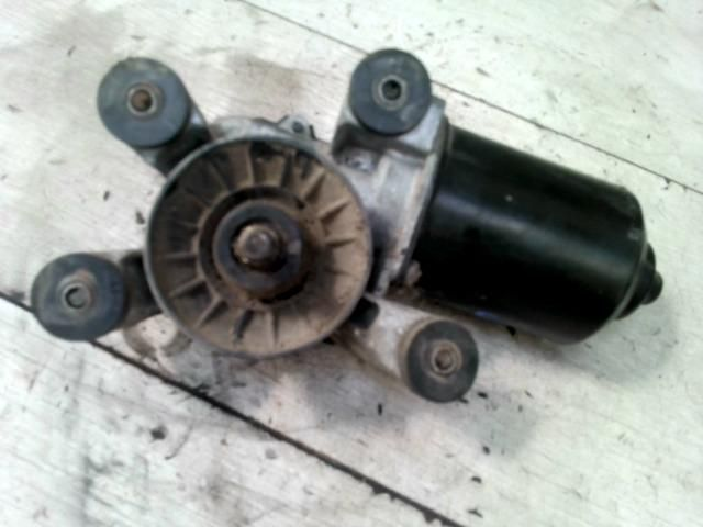 bontott TOYOTA COROLLA Első Ablaktörlő Motor