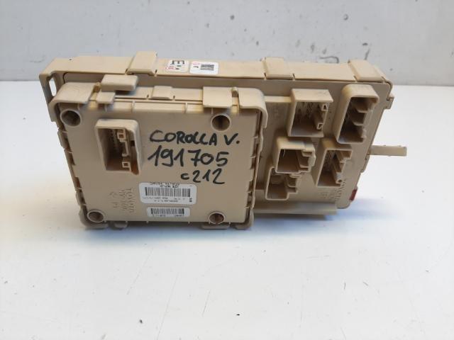Használt TOYOTA COROLLA VERSO 2.0 D-4D Biztosítéktábla / BCM / BSI / BSM / SAM / GEM modul (vegyes) Alkatrész