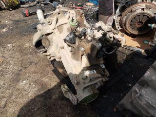 bontott VW GOLF IV Váltó (Mechanikus)
