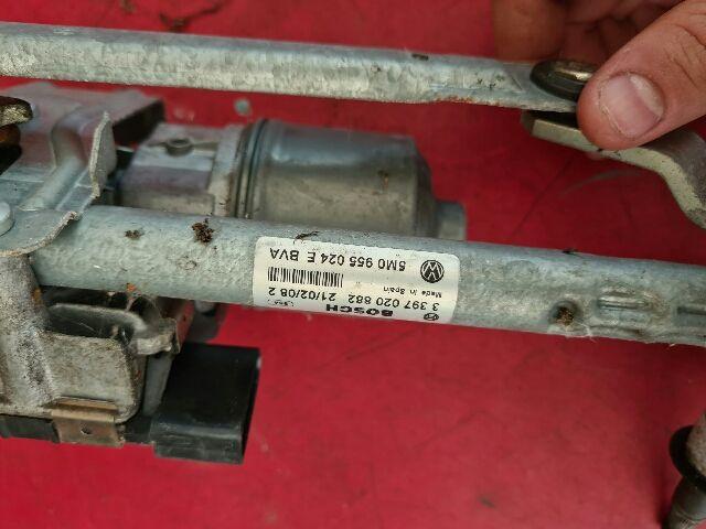 Használt VW GOLF PLUS Ablaktörlő motor első Alkatrész
