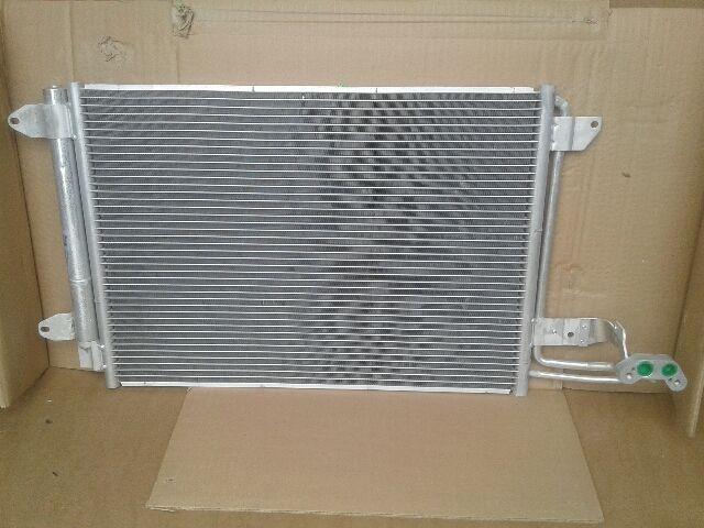 Használt VW GOLF V Klímahűtő radiátor Alkatrész