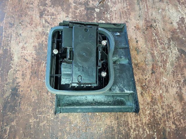 Használt VW PASSAT B2 1.8 Jobb belső hátsó lámpa Alkatrész
