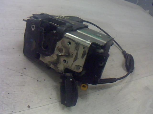 Használt x5j11bcl Bal hátsó ajtózár / ajtó zárszerkezet Alkatrész