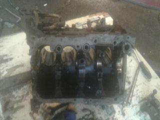 bontott Motor (Fűzött blokk hengerfejjel)