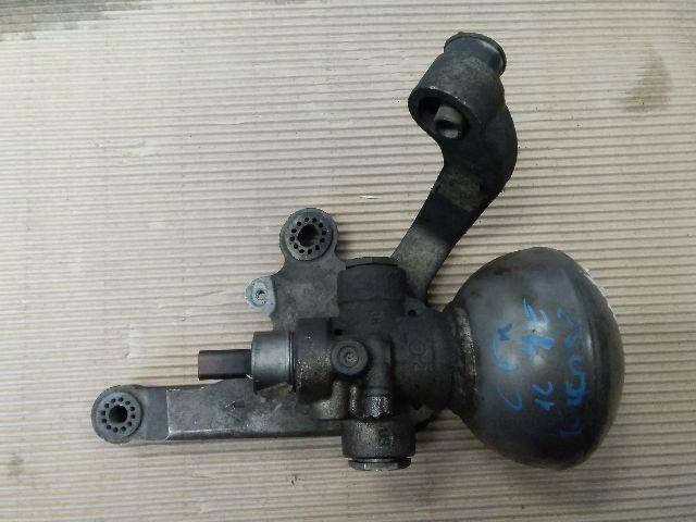 bontott (Hidraulikus) Elosztó Gömb